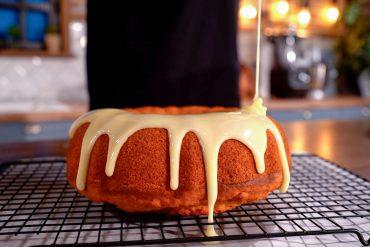 Νηστίσιμο κέικ πορτοκαλιού χωρίς μίξερ