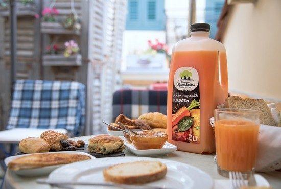 11 Μαρτίου 2020 - Νέος φυσικός χυμός Μήλο, Πορτοκάλι, Καρότο 2 λίτρων